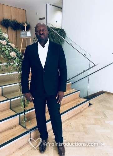Dating Nigerian mies Isossa-Britanniassa